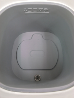 クエン酸使用後。水あかがすっきり落ちています。